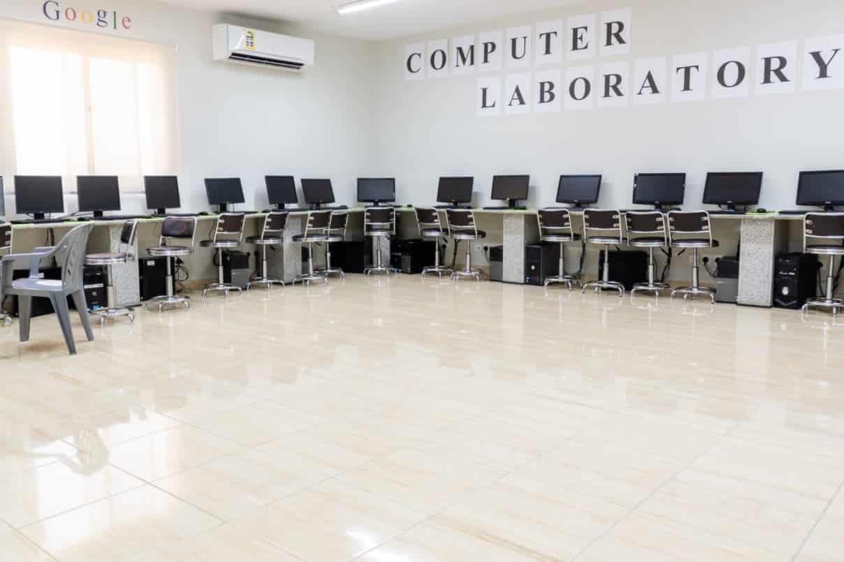 boys-computer-lab